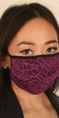 Mascherina fashion lavabile in tessuto nero e pizzo viola doppio strato